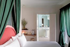 Superior Double or Twin Room - Saint Fiacre