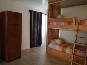 Pés Verdes-Alojamento e Chá, Hostels  Ponta Delgada - big - 9