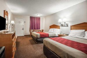 Econo Lodge Brownsville, Motels  Brownsville - big - 3