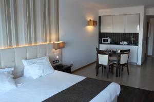 Hotel O Gato, Отели  Одивелаш - big - 18