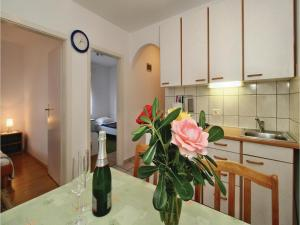 Two-Bedroom Apartment 0 in Porec, Apartmány  Poreč - big - 22