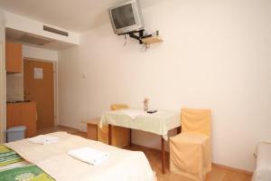Studio Mlini 8579c, Apartmanok  Mlini - big - 3