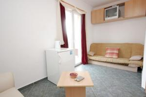 Apartment Mlini 8579c, Apartmány  Mlini - big - 7