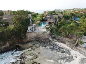 Villa Waru, Holiday parks  Lembongan - big - 19