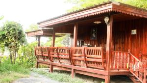 BanSaun Suphan Resort