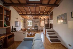 Confortevole casa in centro storico - AbcAlberghi.com