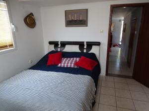 Апартаменты в двух уровнях на Свети Стефане, Apartmány  Sveti Stefan - big - 41