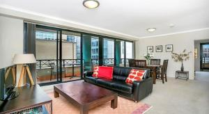 Centrally Located CBD Apartment A1803