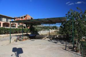 Apartment Grebastica 8367a, Apartments  Brodarica - big - 25
