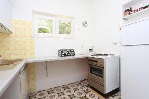 Apartment Vinisce 8659a, Appartamenti  Vinišće - big - 7
