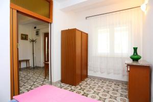 Apartment Vinisce 8659a, Appartamenti  Vinišće - big - 8