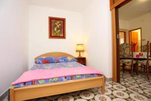 Apartment Vinisce 8659a, Appartamenti  Vinišće - big - 10