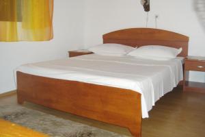 Apartment Sucuraj 136a, Apartments  Sućuraj - big - 11