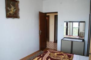 Apartment Sucuraj 136b, Apartments  Sućuraj - big - 4