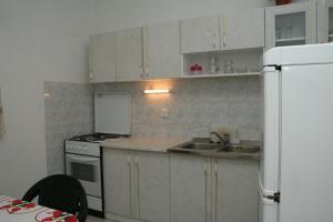Apartment Sucuraj 136b, Apartments  Sućuraj - big - 8