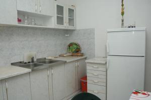 Apartment Sucuraj 136b, Apartments  Sućuraj - big - 15
