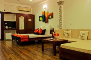Thumbelina Apartments & Hotel