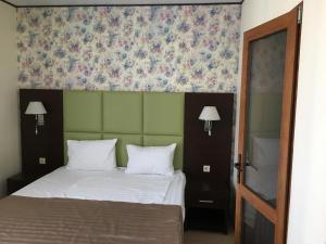 Hotel Chernomorsky Complex of Townhouse, Hotely  Kabardinka - big - 18