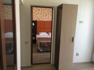 Hotel Chernomorsky Complex of Townhouse, Hotely  Kabardinka - big - 37