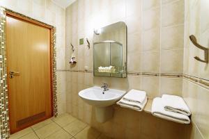 Poseidon Hotel, Hotely  Mariupol' - big - 43