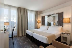 Tryp Twin Room