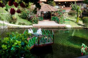 Trogon Lodge, Providencia