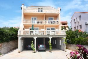 Apartment Barbat 5002b