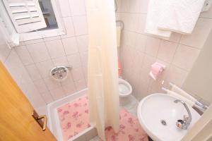 Double Room Palit 5010f, Guest houses  Rab - big - 4