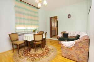 Apartment Senj 5572a, Apartmány  Senj - big - 5