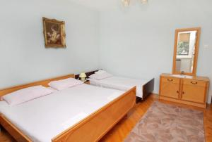 Apartment Senj 5572a, Apartmány  Senj - big - 2