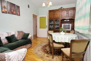 Apartment Senj 5572a, Apartmány  Senj - big - 7