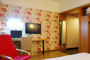 Super 8 Hotel Ningbo Zhaohui, Hotely  Ningbo - big - 36