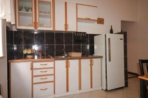 Apartment Tribunj 7117b, Appartamenti  Tribunj (Trebocconi) - big - 5