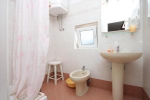 Apartment Novigrad 7121a, Apartmány  Novigrad Istria - big - 6