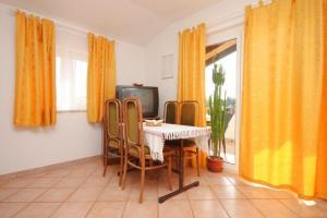 Apartment Novigrad 7121a, Apartmány  Novigrad Istria - big - 7