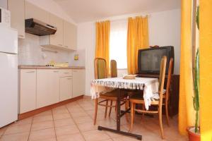 Apartment Novigrad 7121a, Apartmány  Novigrad Istria - big - 14