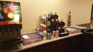 Ramada by Wyndham Houston Intercontinental Airport East, Hotel  Humble - big - 51