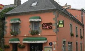Hôtel Restaurant des Voyageurs, Hotel  Plonéour-Lanvern - big - 32