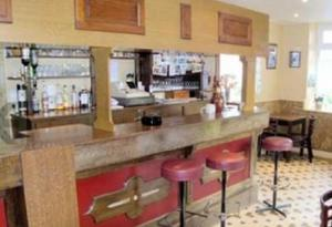 Hôtel Restaurant des Voyageurs, Hotely  Plonéour-Lanvern - big - 25