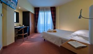 Hotel Leonardo Da Vinci Terme & Golf, Отели  Абано-Терме - big - 10