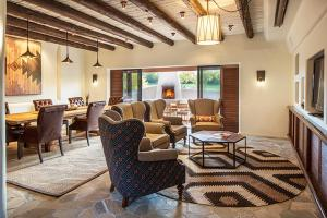 The Boulders Resort & Spa, Curio Collection by Hilton, Resorts  Scottsdale - big - 7