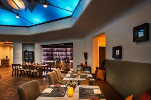 The Boulders Resort & Spa, Curio Collection by Hilton, Resorts  Scottsdale - big - 40