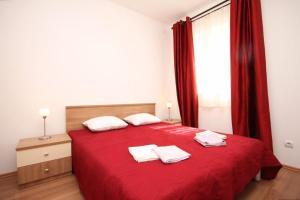 Apartment Stokovci 9039a, Apartments  Štokovci - big - 8