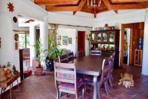 Atitlan Lake House AT005, Дома для отпуска  Cerro de Oro - big - 6