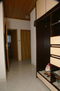 Apartment Tucepi 2694c, Appartamenti  Tučepi - big - 9