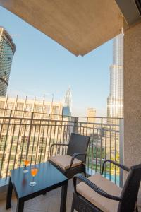Luxury Two Bedroom Apartment Downtown - Dubai