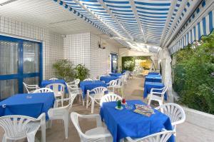 Hotel Adler, Hotel  Riccione - big - 6