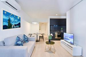 Domo Apartments - Empire