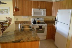 213F, Condo at Sarasota, with Intercoastal Waterway View, Dovolenkové domy  Siesta Key - big - 3
