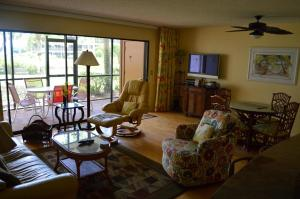 213F, Condo at Sarasota, with Intercoastal Waterway View, Dovolenkové domy  Siesta Key - big - 4